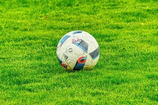 football-2778583__340.jpg